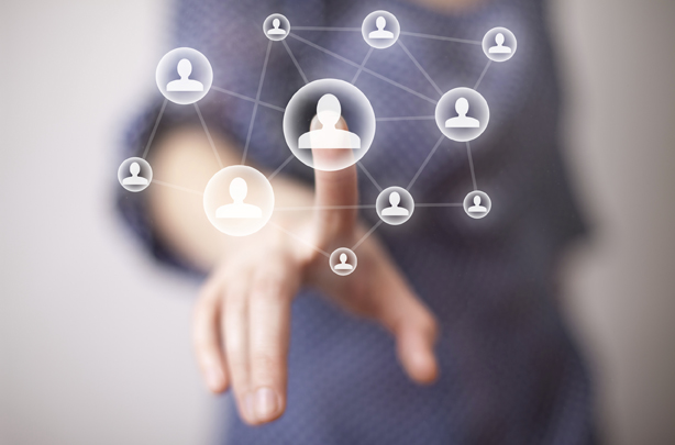 بررسی کاربردهای رسانههای اجتماعی در هدایت افکار عمومی در نهمین همایش روابطعمومی الکترونیک