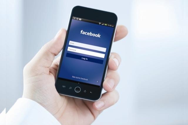 فیس بوک موبایل